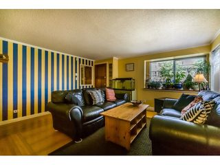 Photo 3: 2114 NINTH Avenue in New Westminster: Connaught Heights House for sale : MLS®# R2060071