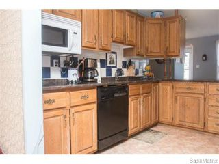 Photo 9: 50 Matheson Place in Saskatoon: Massey Place Single Family Dwelling for sale (Saskatoon Area 05)  : MLS®# 570437