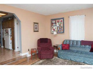 Photo 6: 50 Matheson Place in Saskatoon: Massey Place Single Family Dwelling for sale (Saskatoon Area 05)  : MLS®# 570437