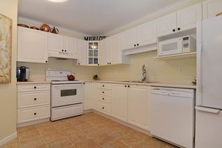 """Photo 6: 102 20894 57TH Avenue in Langley: Langley City Condo for sale in """"Bayberry"""" : MLS®# R2082819"""