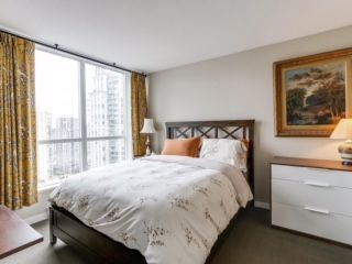 "Photo 7: 2003 833 SEYMOUR Street in Vancouver: Downtown VW Condo for sale in ""CAPITAL RESIDENCES"" (Vancouver West)  : MLS®# R2087892"