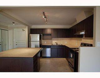 Photo 2: 606 518 MOBERLY Road: False Creek Home for sale ()  : MLS®# V649038