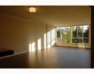 Photo 3: 606 518 MOBERLY Road: False Creek Home for sale ()  : MLS®# V649038