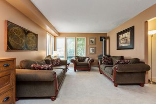 "Photo 3: 4577 196A Street in Langley: Brookswood Langley House for sale in ""MASON HEIGHTS"" : MLS®# R2093399"