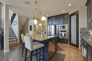 Photo 4: 11 Cranarch Landing SE in Calgary: House for sale : MLS®# C4007991