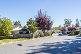 "Photo 1: 24 11464 FISHER Street in Maple Ridge: East Central Townhouse for sale in ""Southwood Heights"" : MLS®# R2108498"