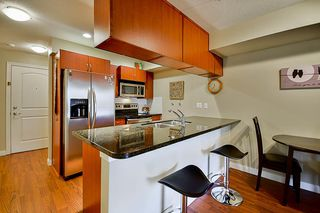 """Photo 3: 117 5516 198 Street in Langley: Langley City Condo for sale in """"Madison Villas"""" : MLS®# R2115053"""