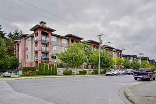 """Photo 19: 117 5516 198 Street in Langley: Langley City Condo for sale in """"Madison Villas"""" : MLS®# R2115053"""