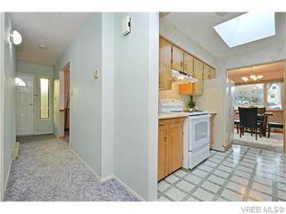 Photo 9: 1550 Pearl St in VICTORIA: Vi Hillside House for sale (Victoria)  : MLS®# 746344