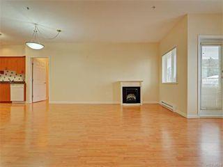 Photo 5: 206 360 Goldstream Ave in VICTORIA: Co Colwood Corners Condo for sale (Colwood)  : MLS®# 747908