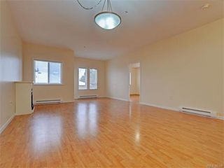 Photo 6: 206 360 Goldstream Ave in VICTORIA: Co Colwood Corners Condo for sale (Colwood)  : MLS®# 747908