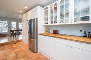 Photo 3: 2228 PARKER Street in Vancouver: Grandview VE House for sale (Vancouver East)  : MLS®# R2151136
