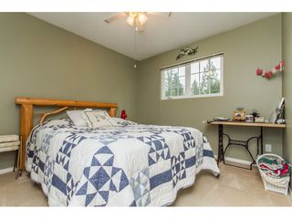 Photo 10: 34621 YORK Avenue in Abbotsford: Abbotsford East House for sale : MLS®# R2153513