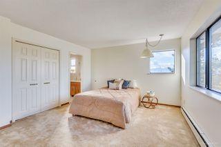 "Photo 12: 7505 LAMBETH Drive in Burnaby: Buckingham Heights House for sale in ""BUCKINGHAM HEIGHTS"" (Burnaby South)  : MLS®# R2161414"