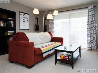 Photo 2: 201 3277 Glasgow Avenue in VICTORIA: SE Quadra Condo Apartment for sale (Saanich East)  : MLS®# 377577