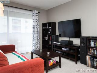 Photo 3: 201 3277 Glasgow Avenue in VICTORIA: SE Quadra Condo Apartment for sale (Saanich East)  : MLS®# 377577