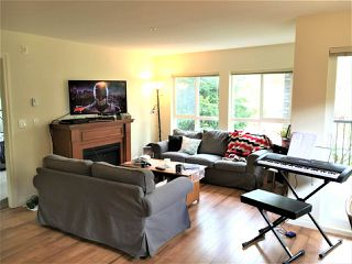 "Photo 3: 309 8717 160 Street in Surrey: Fleetwood Tynehead Condo for sale in ""VERNAZZA"" : MLS®# R2166580"