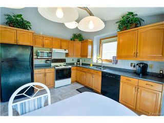 Photo 7: 279 Columbia Drive in Winnipeg: Whyte Ridge Residential for sale (1P)  : MLS®# 1712727