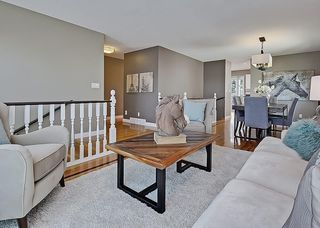 Photo 7: 31 WOODMONT Way SW in Calgary: Woodbine House for sale : MLS®# C4125485