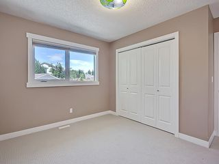 Photo 29: 31 WOODMONT Way SW in Calgary: Woodbine House for sale : MLS®# C4125485