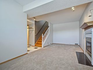 Photo 33: 31 WOODMONT Way SW in Calgary: Woodbine House for sale : MLS®# C4125485