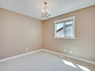 Photo 31: 31 WOODMONT Way SW in Calgary: Woodbine House for sale : MLS®# C4125485