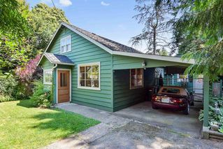 Photo 1: 9042 CHURCH Street in Langley: Fort Langley House for sale : MLS®# R2189478