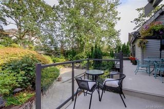 Photo 12: 878 Denford Crescent in VICTORIA: SE Lake Hill Single Family Detached for sale (Saanich East)  : MLS®# 382091