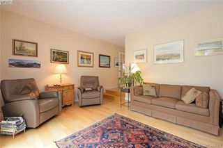 Photo 9: 878 Denford Crescent in VICTORIA: SE Lake Hill Single Family Detached for sale (Saanich East)  : MLS®# 382091