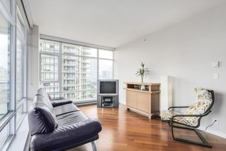 "Photo 3: 1001 6188 WILSON Avenue in Burnaby: Metrotown Condo for sale in ""JEWEL 1"" (Burnaby South)  : MLS®# R2202404"