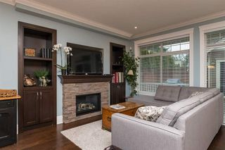 Photo 4: 12848 26 AVENUE in South Surrey White Rock: Home for sale : MLS®# R2138791