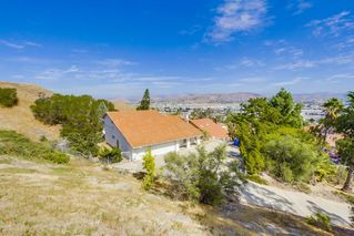 Photo 9: EL CAJON House for sale : 4 bedrooms : 1630 Honey Hill Rd
