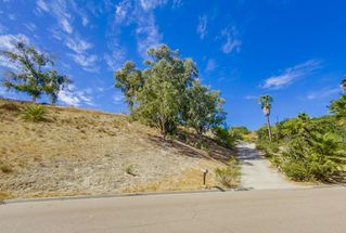 Photo 18: EL CAJON House for sale : 4 bedrooms : 1630 Honey Hill Rd