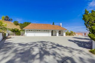 Photo 2: EL CAJON House for sale : 4 bedrooms : 1630 Honey Hill Rd