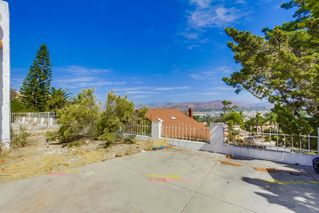 Photo 4: EL CAJON House for sale : 4 bedrooms : 1630 Honey Hill Rd