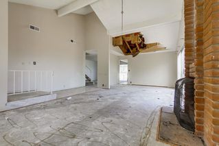 Photo 7: EL CAJON House for sale : 4 bedrooms : 1630 Honey Hill Rd