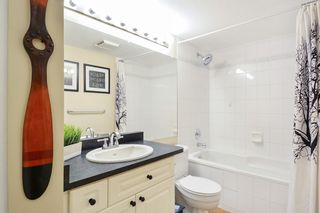 """Photo 9: 120 19750 64 Avenue in Langley: Willoughby Heights Condo for sale in """"DAVENPORT"""" : MLS®# R2216378"""