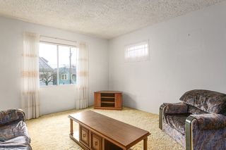 "Photo 3: 2327 TURNER Street in Vancouver: Hastings House for sale in ""HASTINGS-SUNRISE"" (Vancouver East)  : MLS®# R2225652"