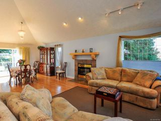 Photo 4: 1400 MALAHAT DRIVE in COURTENAY: CV Courtenay East House for sale (Comox Valley)  : MLS®# 782164