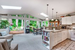 """Photo 4: 1061 KINLOCH Lane in North Vancouver: Deep Cove House for sale in """"Deep Cove"""" : MLS®# R2270628"""