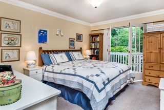 """Photo 14: 1061 KINLOCH Lane in North Vancouver: Deep Cove House for sale in """"Deep Cove"""" : MLS®# R2270628"""