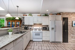 """Photo 6: 1061 KINLOCH Lane in North Vancouver: Deep Cove House for sale in """"Deep Cove"""" : MLS®# R2270628"""