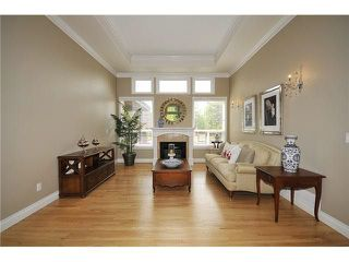 Photo 3: 16015 MORGAN CREEK Crescent in Surrey: Morgan Creek House for sale (South Surrey White Rock)  : MLS®# R2285734