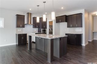 Photo 2: 220 Dagnone Lane in Saskatoon: Brighton Residential for sale : MLS®# SK746511