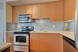 "Photo 8: 124 735 W 15TH Street in North Vancouver: Hamilton Townhouse for sale in ""Seven35"" : MLS®# R2305774"