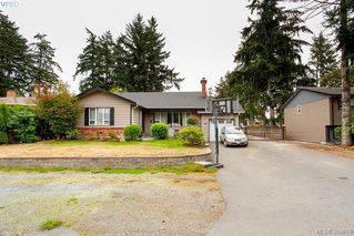 Photo 32: 3345 Roberlack Road in VICTORIA: Co Wishart South Single Family Detached for sale (Colwood)  : MLS®# 399816