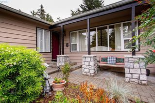 Photo 5: 3345 Roberlack Road in VICTORIA: Co Wishart South Single Family Detached for sale (Colwood)  : MLS®# 399816