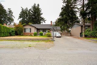 Photo 31: 3345 Roberlack Road in VICTORIA: Co Wishart South Single Family Detached for sale (Colwood)  : MLS®# 399816