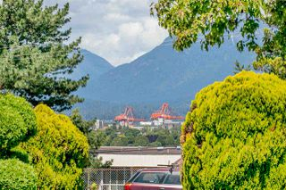 """Photo 16: 102 642 E 7TH Avenue in Vancouver: Mount Pleasant VE Condo for sale in """"Ivan Manor"""" (Vancouver East)  : MLS®# R2325705"""