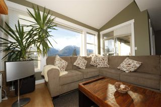 "Photo 8: 11 1026 GLACIER VIEW Drive in Squamish: Garibaldi Highlands Townhouse for sale in ""Seasons View"" : MLS®# R2326220"